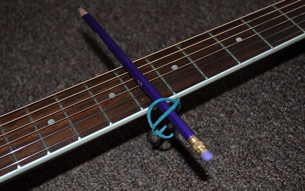 Настенный для гитары своими руками